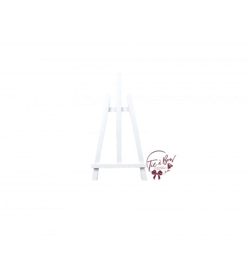 Easel: White Tabletop Easel