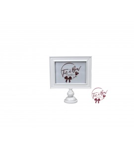 Picture Frame: White Footed (7 Inches x 5 Inches)