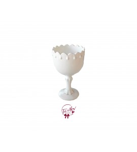 White: White Vintage Footed Bowl With Small Teardrop Design