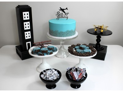 Airplane Themed Birthday Table